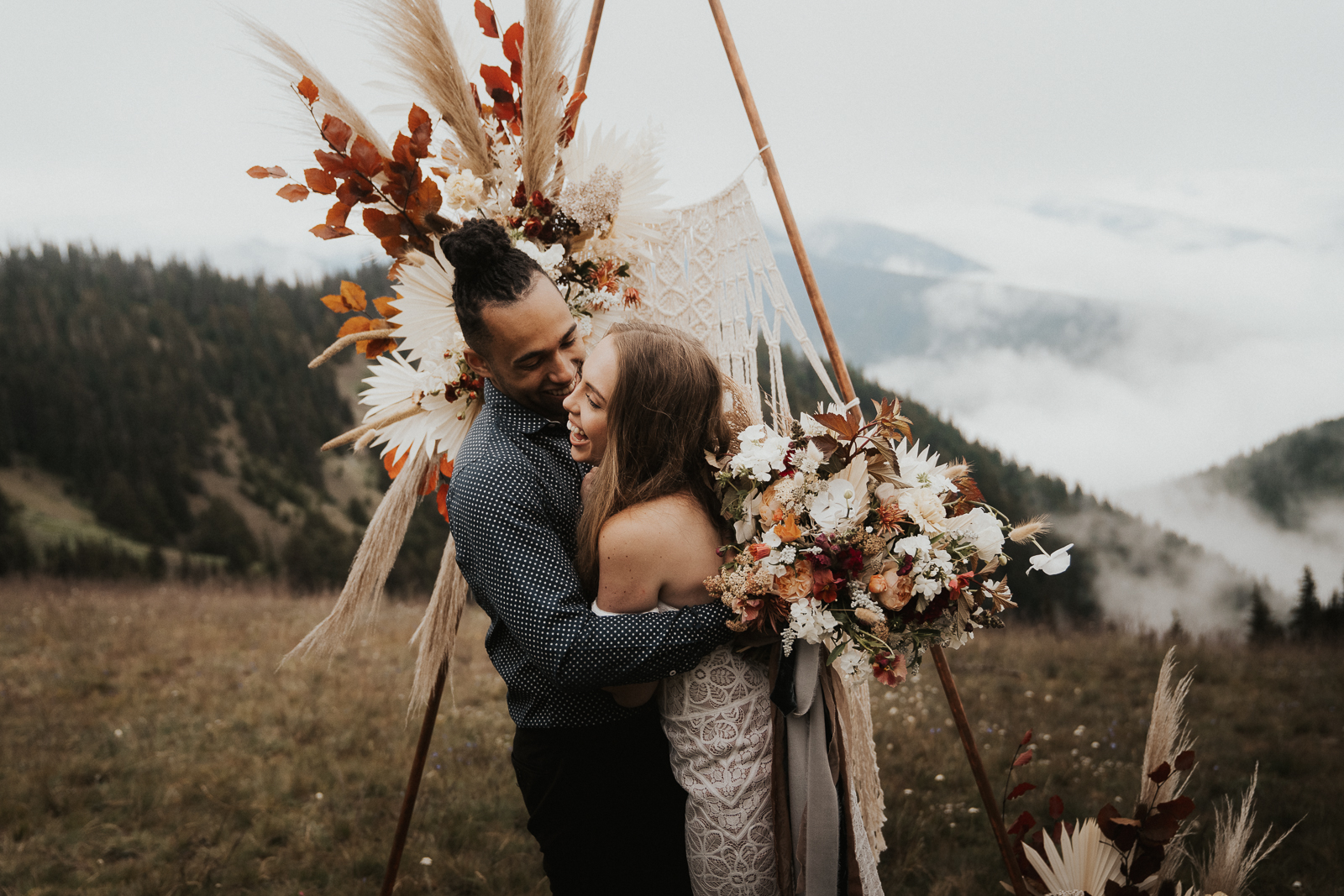 Boho Hurricane Ridge Elopement by Anna Tee Photography