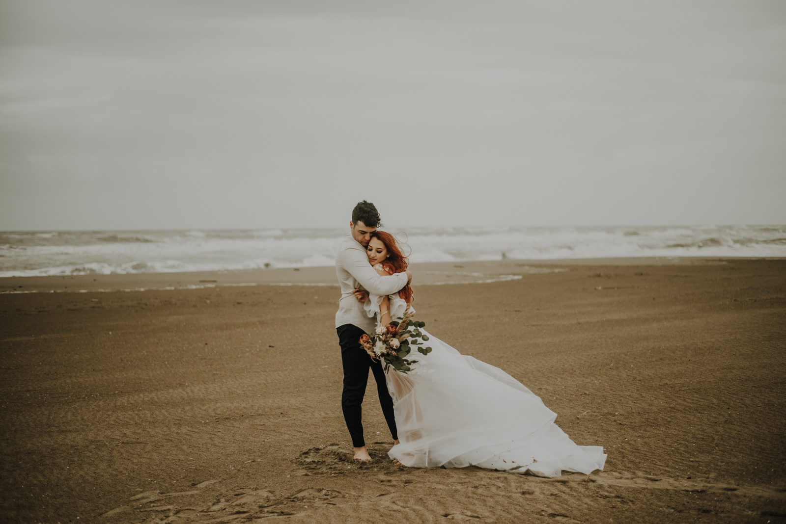 A Stormy Summer Beach Elopement (Styled Shoot) by Lovebirds Photo