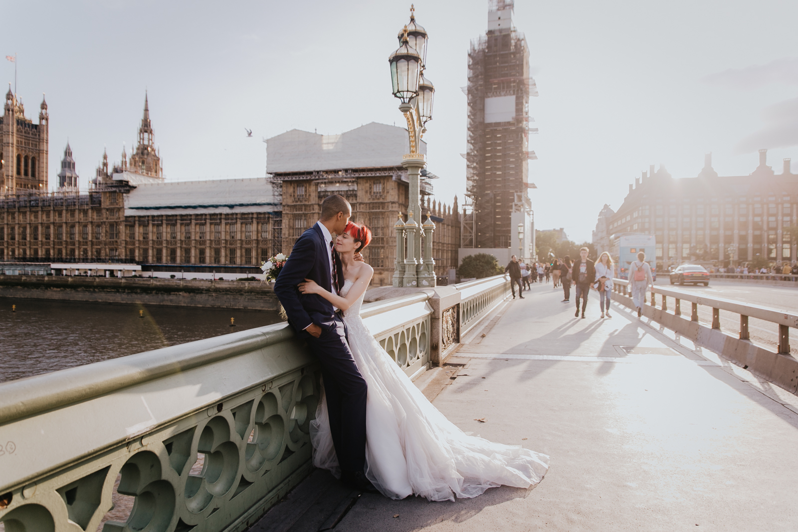 Lovely Elopement in London by Leyre Cañizares