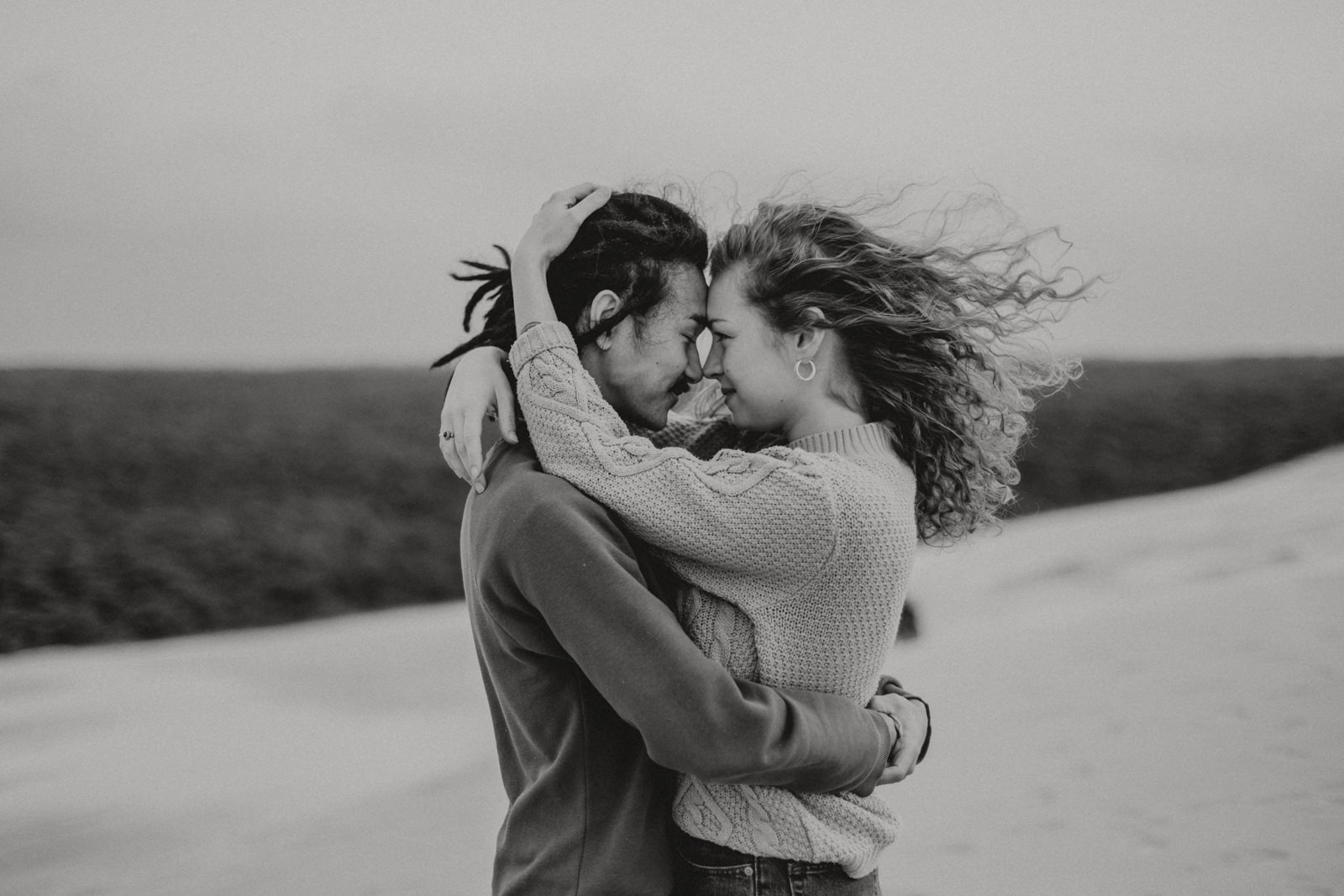 Windy Love Session with Ju & Genki by Lucile Ketterlin