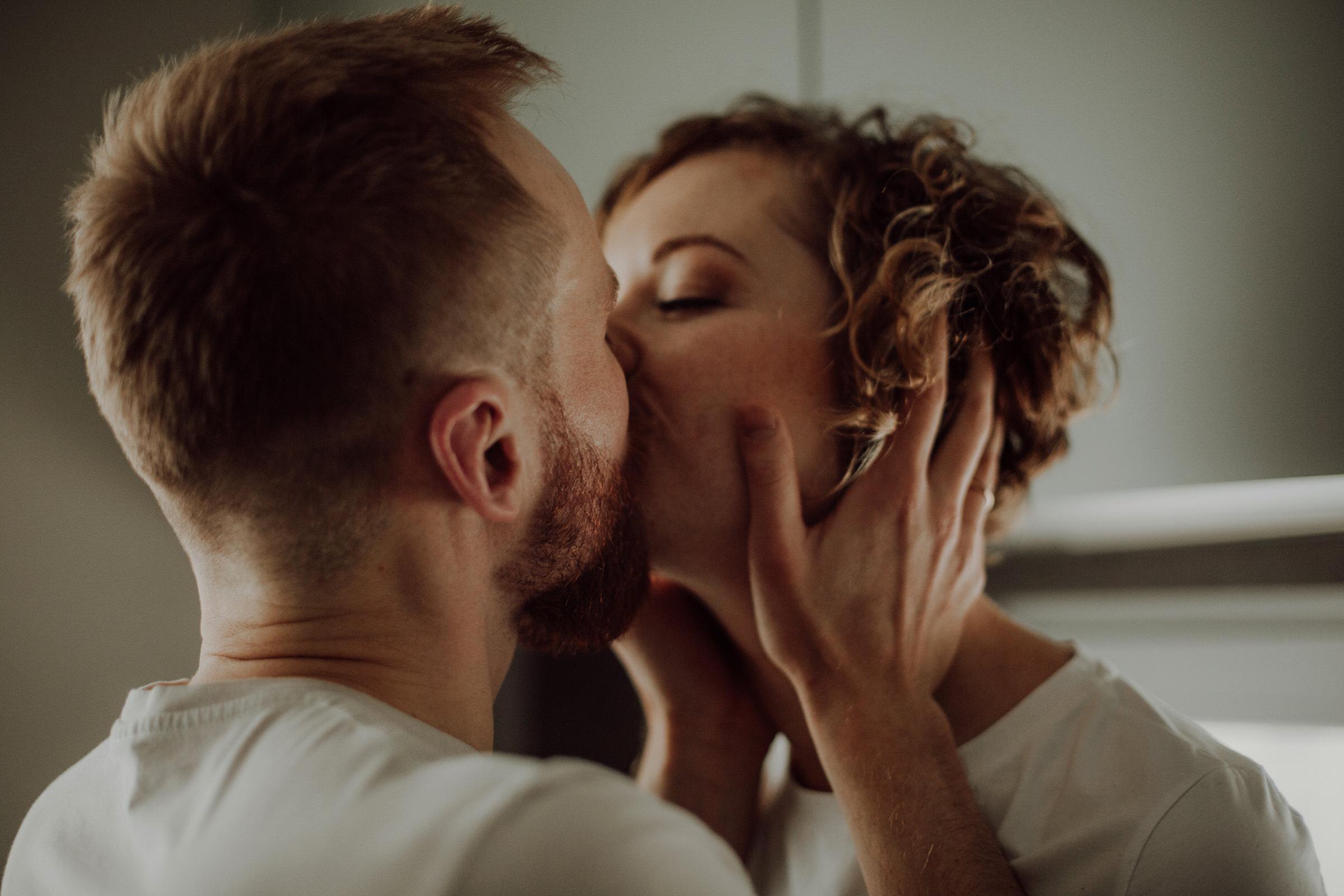 Home Love Session by Anna Stelikova